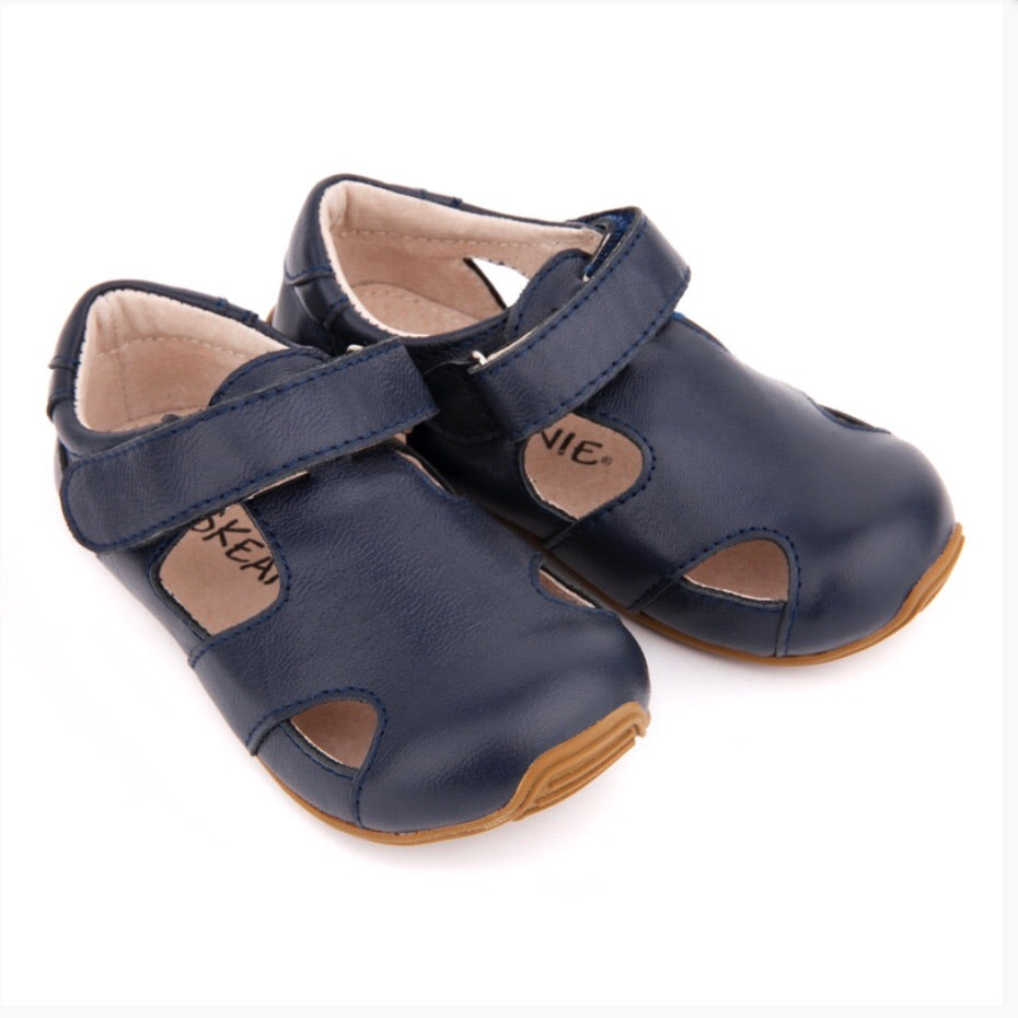 Load image into Gallery viewer, Skeanie - Sunday Sandals Navy