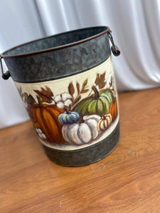 Small Decor Bucket
