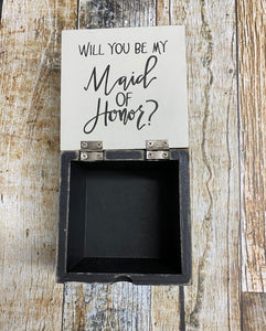 Maid of honor box