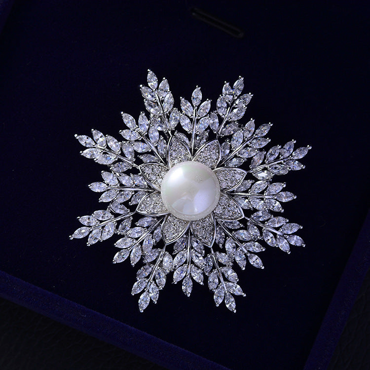 Fashion Cubic Zircon Christmas Snowflake Brooch   717 - sepbridals