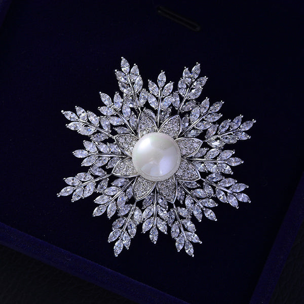 Fashion Cubic Zircon Christmas Snowflake Brooch   717