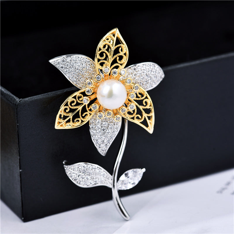 Natural Freshwater Pearl Flower Brooch  XZ0174 - sepbridals