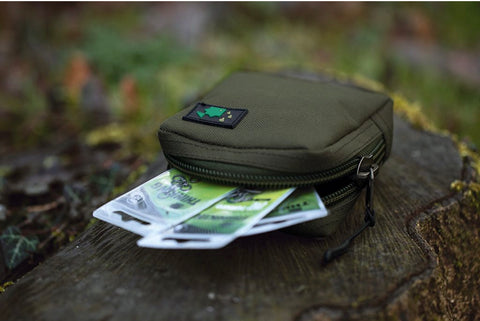 Thinking Anglers Olive Solid Zip Pouch Medium