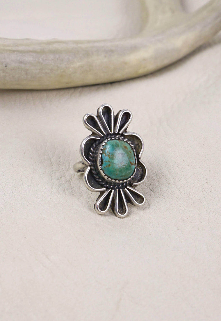 Idylwild Vintage Signed Native American Turquoise and Sterling Silver Ring