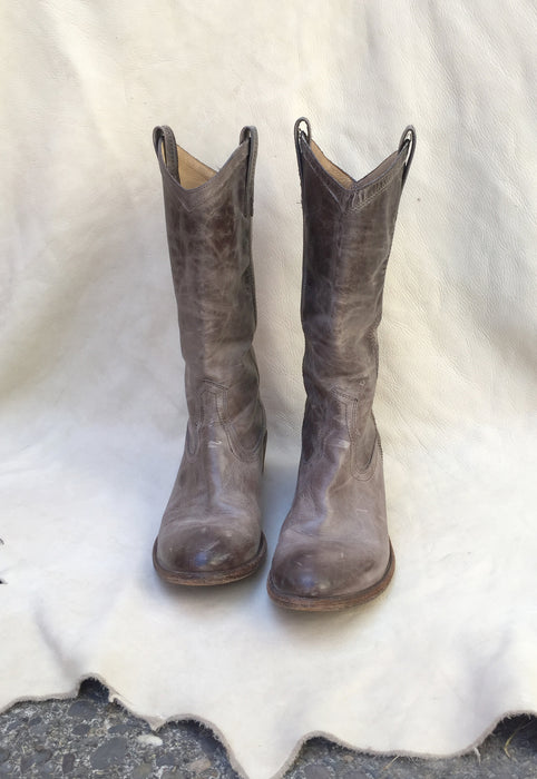 Contemporary Smoke Grey Frye Women's Boots Size 10