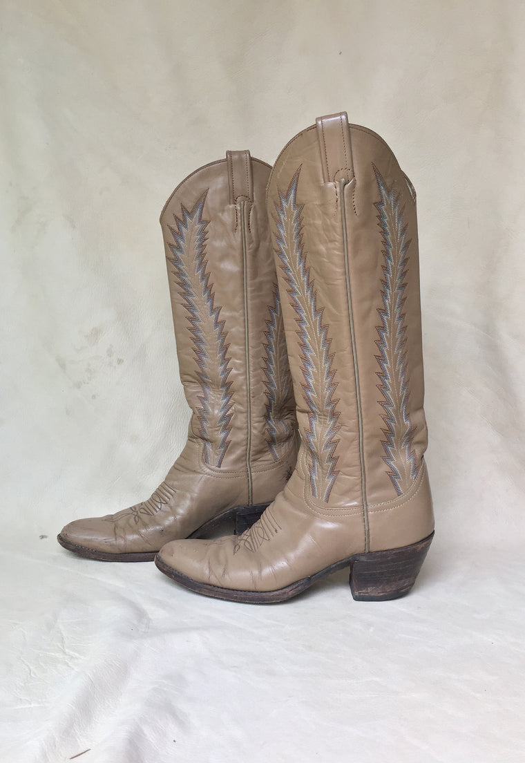 Vintage Tall Beige Larry Mahan Womens Cowboy Boots Size 8.5/9