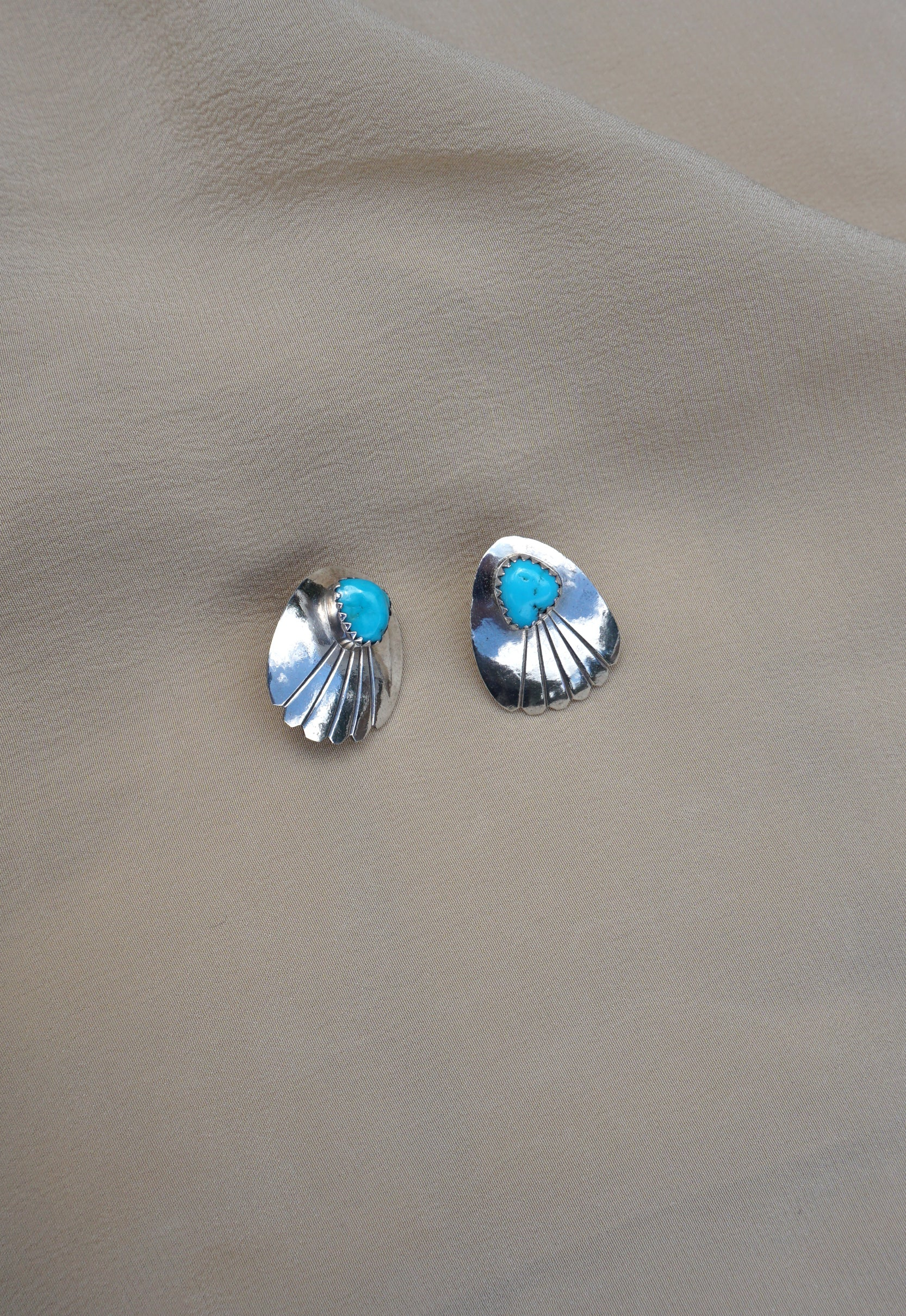 Turquoise Scallop Vintage Native American Earrings