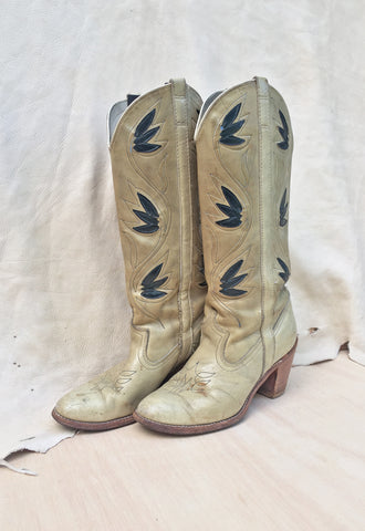 70's Tall Beige & Navy Stacked Heel Cowboy Boots Size 8