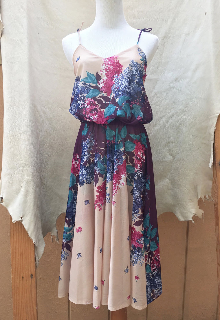 Beautiful Vintage Floral Midi Dress