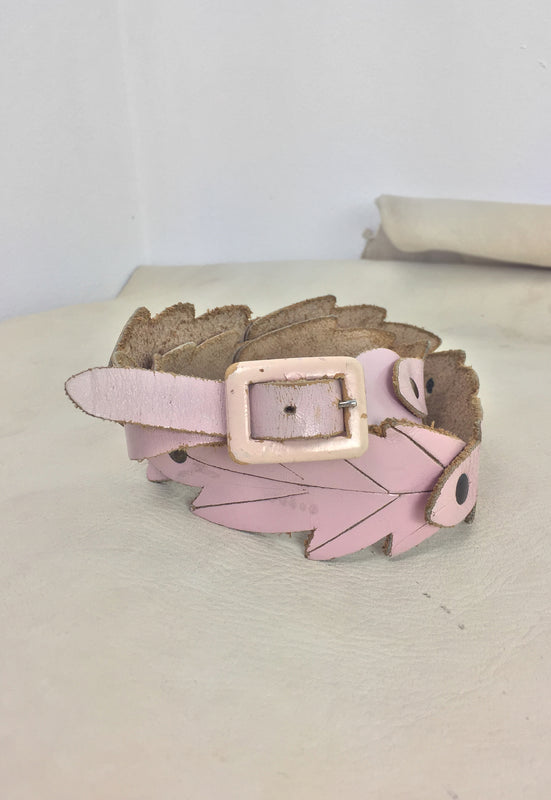 Pale Pink Leather Leaf Waist Belt