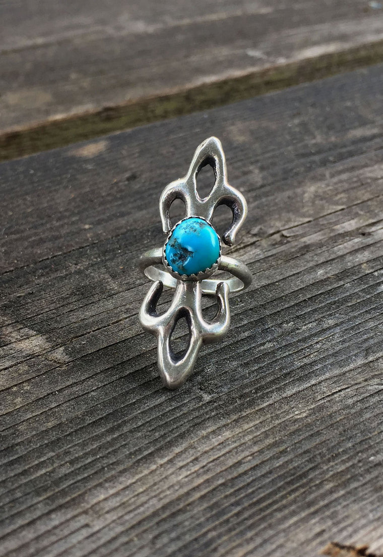 Vintage Native American Sandcast Sterling Silver Turquoise Signed Ring