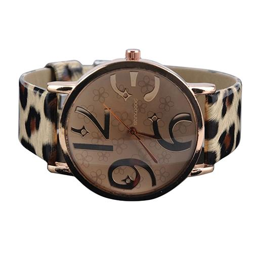 Women's Casual Flower Big Numbers Dial Faux Leather Strap Watch
