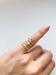 STACK PINKY RING SET