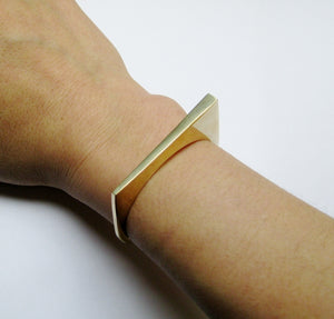 STACKABLE EDGE CUFF