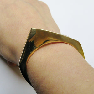 STACKABLE OPTIC CUFF