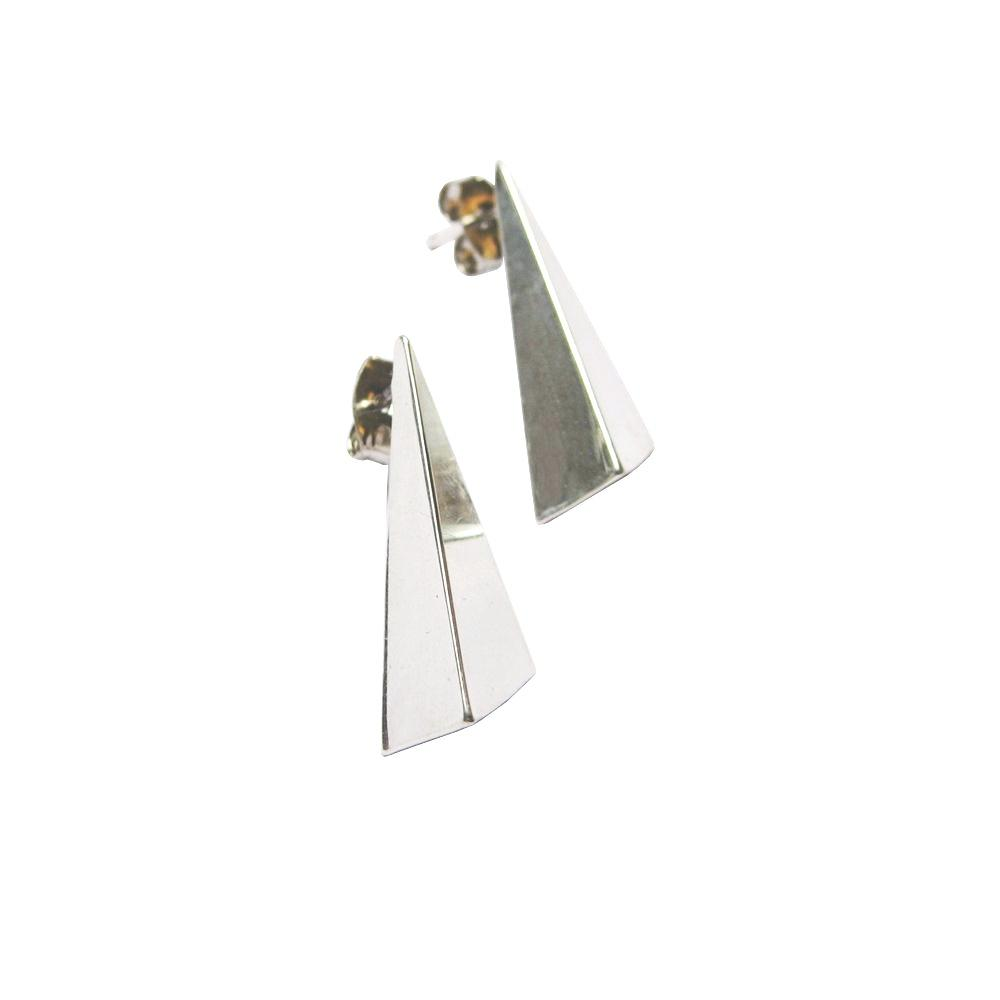 REVERSED POINT EARRINGS
