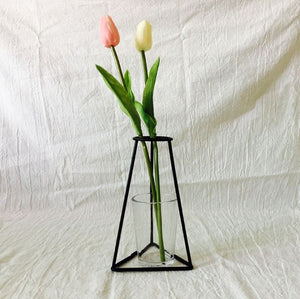 Abstract Black Lines Iron Flower Vase