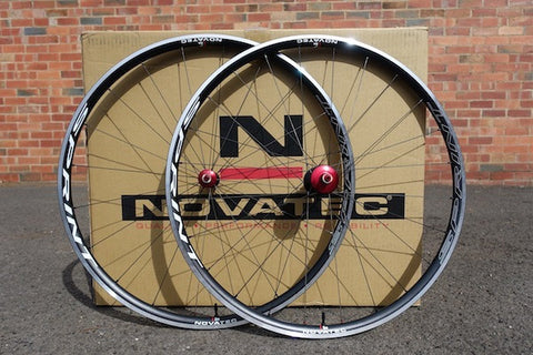 Novatec Sprint 700 Clincher Set