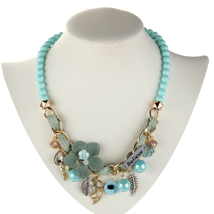 Beads and flowers necklace