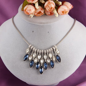 Crystal crops necklace