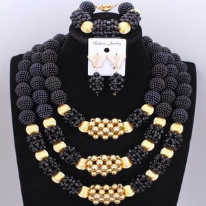 Owalukare Royal Crystal Black Beads Set