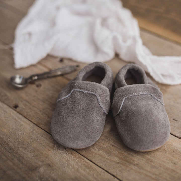 Classic Baby Moccasin (grey)