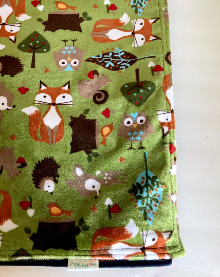 PoppiezLove Handmade Waterproof Blanket (woodland animals)