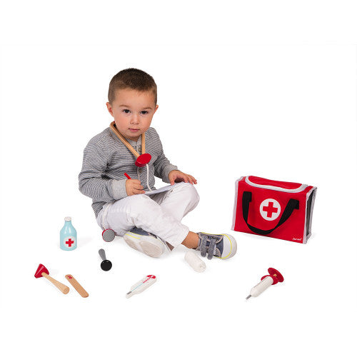 kid with doctor kit