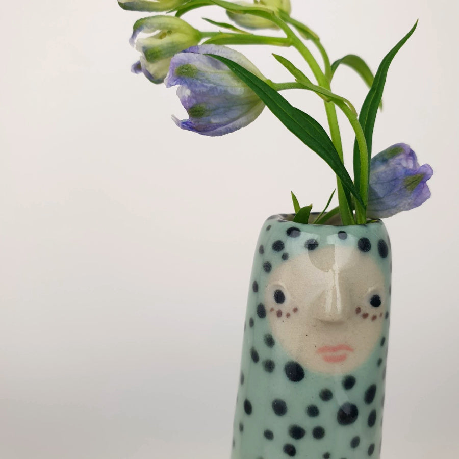 Gina the Bud Vase