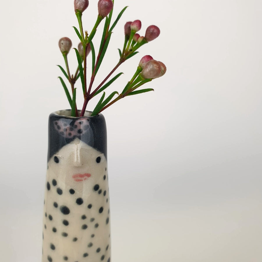 Janine the Bud Vase