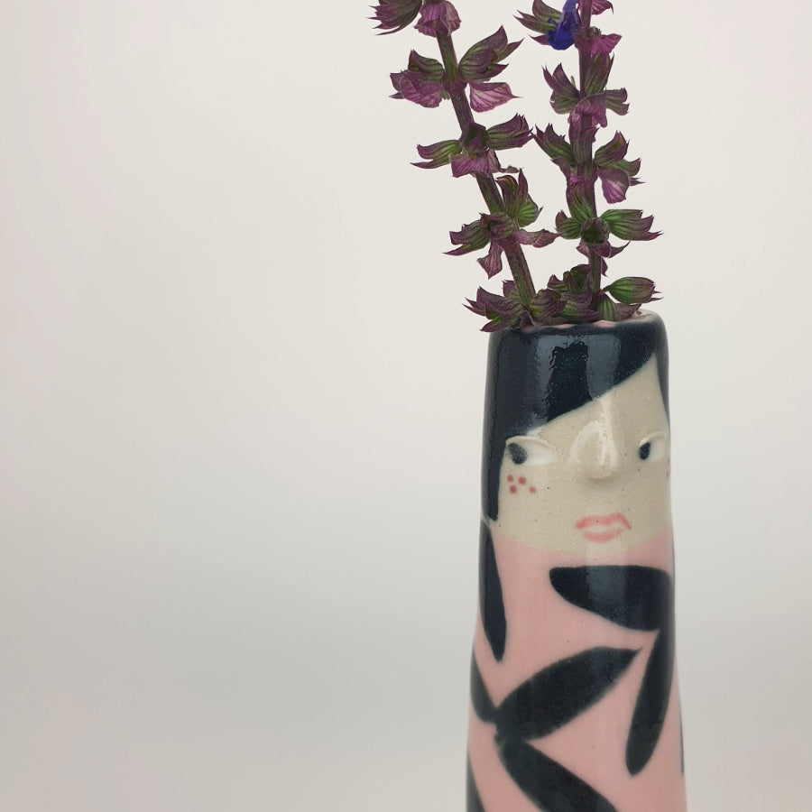 Lilah the Bud Vase