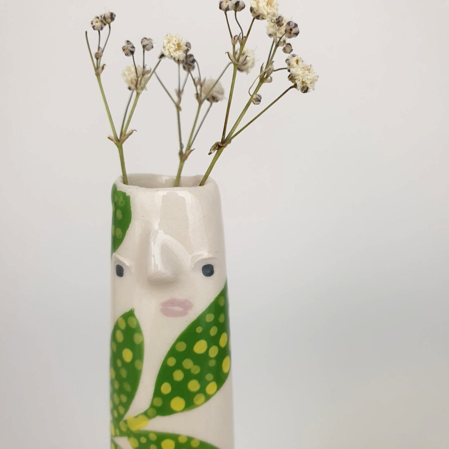 Shannen the Bud Vase