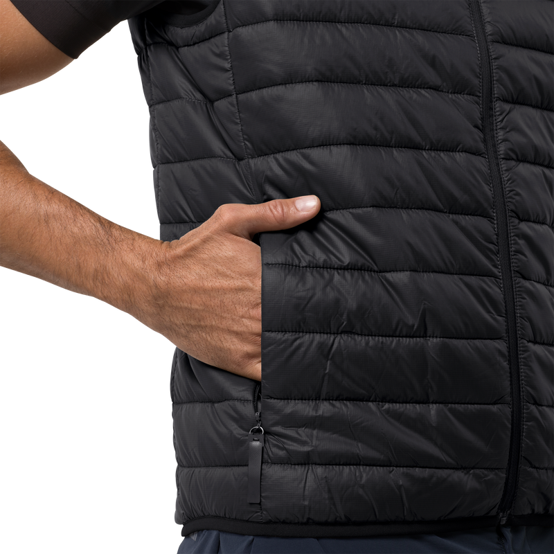 products/1204651-6000-7-jwp-vest-men-black.png