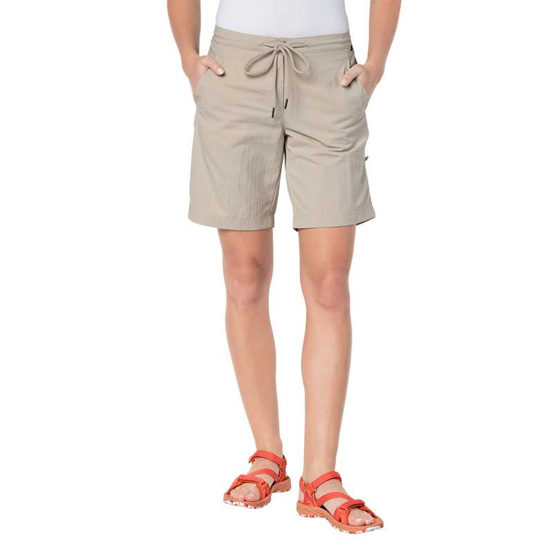 products/1505061-5505-1-pomona-shorts-light-sand.png