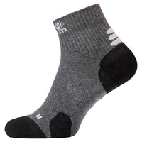 Travel Organic Mid Cut, lightweight travel socks with organic cotton from Jack Wolfskin Australia and New Zealand.