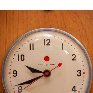 1960's  GENERAL ELECTEIC  WALL CLOCK