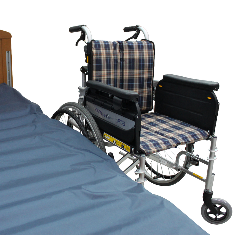 MIKI Transfer Wheelchair