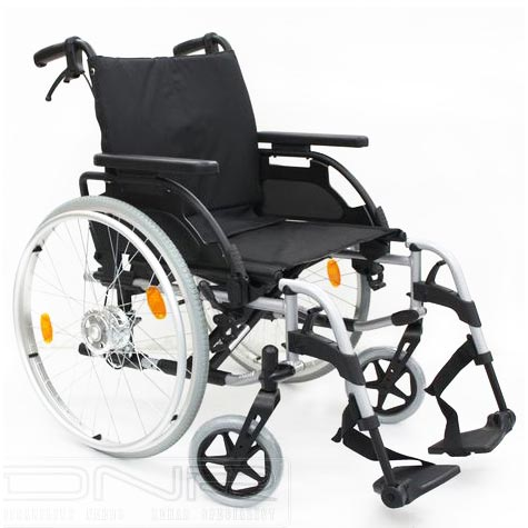 DNR Wheels - Breezy BasiX 2 Lightweight Detachable Wheelchair with Drum Brakes