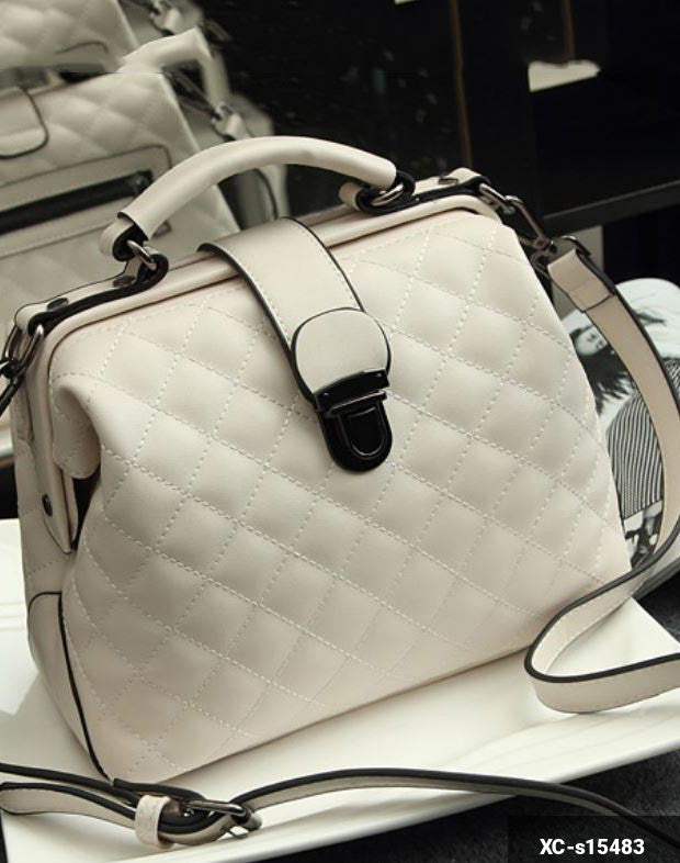Image of Woman Handbag XC-s15483