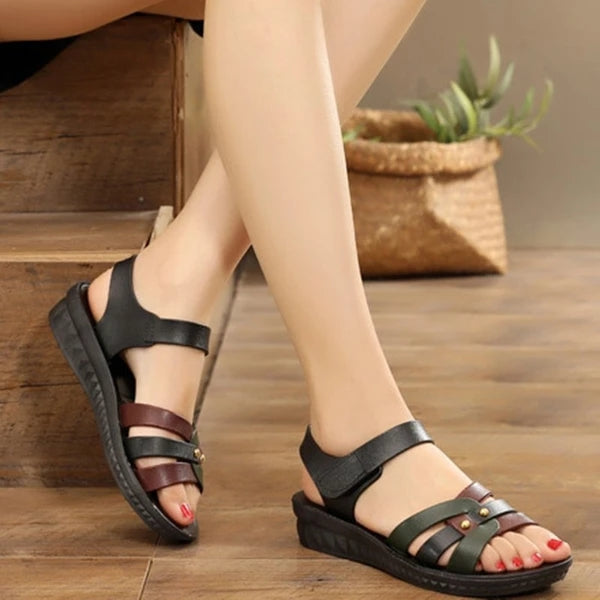 Frauen Farbblock Magic Tape Flache Sandalen