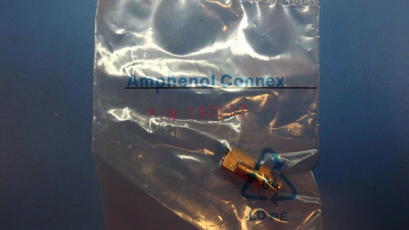 (1PC) 192112 AMPHENOL CONNEX RF Adapters-FME NIPPLE PLUG TO TO SMA JACK