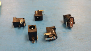 (10 PCS) PJ-202A CUI Dc Power Jack Connector 2.0mm Center Pin 2.5A Right Angle
