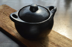 chamba clay soup pot - small