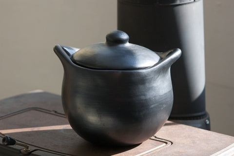 chamba clay soup pot- large