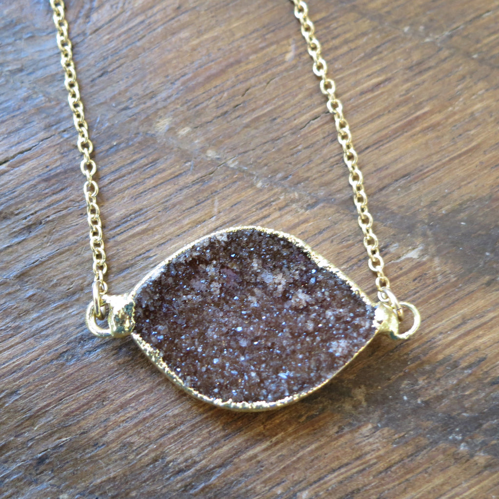Petite Mia Horizontal Necklace