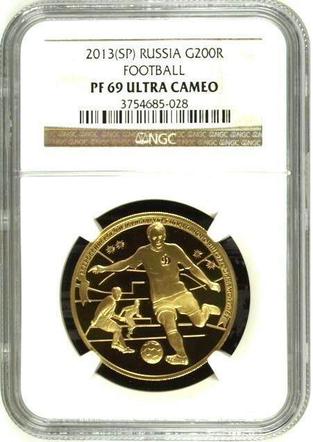 Russia 2013 Gold 200R Winter Sport Dynamo Football Soccer NGC PF69 Mintage-500