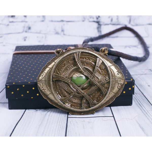 Doctor Strange Pendant Eye Of Agamotto Necklace Glow In The Dark