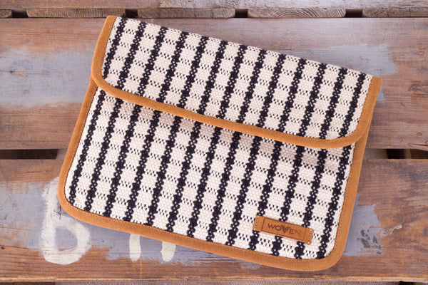 iPad Sleeve - Black/ White Check Pattern - MuniMuni