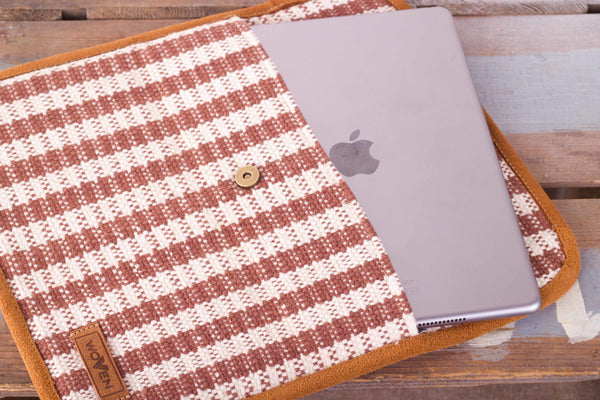 iPad Sleeve - Brown/ White Check Pattern - MuniMuni