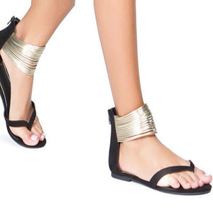 Fashion Clip Toe Sandals With Metal Decoration